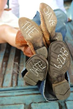 "Cowboy and cowgirl ""save the date"" photo #verlobung #ankündigung #country"