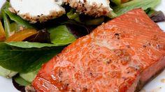 Glaseeraa lohi vaahterasiirapilla ja soijakastikkeella – nam! Copyright: Shutterstock.