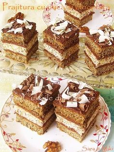 Nuts and Chocolate Cake Romanian Desserts, Romanian Food, Romanian Recipes, Chef Recipes, Sweets Recipes, Delicious Desserts, Yummy Food, Good Pie, Dessert Drinks