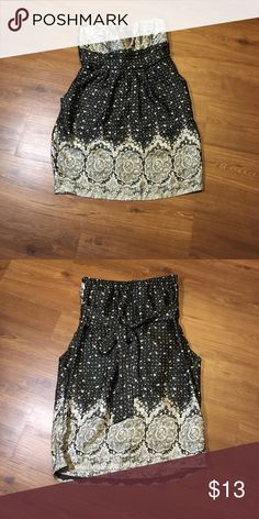 ❣️NWOT❣️ Beautiful Dress Strapless dress, with a tie in the back and 2 side pockets ❤️ lette Dresses Mini