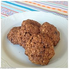 cookie dieta Ingredientes • 1 xíc. (chá) de quinua em flocos • 1 xíc. (chá) de farinha de trigo integral (ou de arroz) • 1/2 xíc. (chá) de açúcar mascavo • 1 col. (chá) de fermento em pó • 2 col. (sopa) de mel • 1 col. (sopa) de óleo de coco derretido ou outro • 1 ovo • 2 col. (sopa) de água