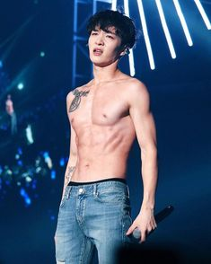 Changsub shirtless in jeans.. there should be more of that in the world..