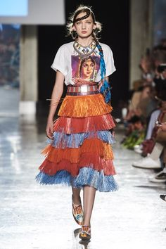 Jean Spring 2020 Ready-to-Wear Fashion Show Stella Jean Spring 2020 Ready-to-Wear Collection - VogueStella Jean Spring 2020 Ready-to-Wear Collection - Vogue 2020 Fashion Trends, Fashion 2020, Runway Fashion, High Fashion, Vogue Paris, Haute Couture Style, Stella Jean, African Print Dresses, African Prints