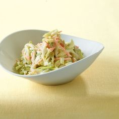 Sour cream and cabbage salad recipe - Salat Recipe For 2 People, Cabbage Salad Recipes, Soup Recipes, Healthy Recipes, Soup And Salad, Sour Cream, Good Food, Healthy Eating, Meals