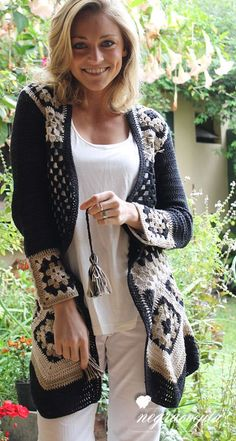 37 New Ideas crochet granny square sweater pattern pictures Crochet Coat, Crochet Cardigan Pattern, Crochet Jacket, Crochet Shawl, Crochet Clothes, Moda Crochet, Crochet Granny, Granny Square Sweater, Stylish Street Style