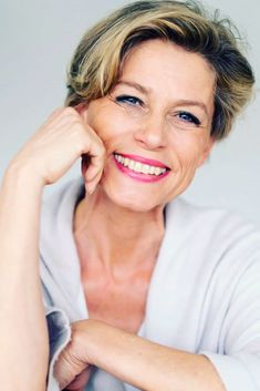 Wavy Side Styling Pixie ❤️ Short haircuts for women over 60 can look very beautiful and modern, and, thus, every older lady can find her perfect style. Edgy Short Haircuts, Short Hairstyles Over 50, Summer Haircuts, Thin Hair Haircuts, Mom Hairstyles, Short Hairstyles For Women, Pretty Hairstyles, Beautiful Haircuts, Black Hairstyles