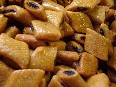 BAKLAWA EL BEY Ingrédients 250 gr d'amande en poudre 80 gr de sucre glace 2 sachet de sucre vanille 1/...