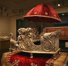 Elephant throne (howdah) with parasol - Elephants on parade - Asian Art Museum of San Francisco