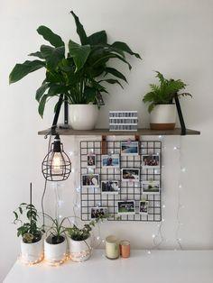 Bedroom desk decor