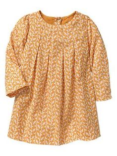 Baby Gap - Fall 2014 Bird pleated dress What's not to love about adorable clothes for the little miss.