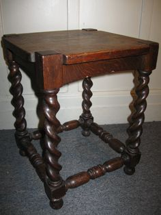 Stickley Brothers Arts & Crafts table. Quarter sawn oak with barley twist legs.
