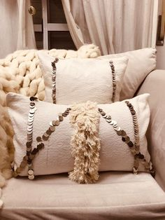 Boho Pillows, Diy Pillows, Couch Pillows, Decorative Pillows, Luxury Cushions, Velvet Cushions, House Frame Bed, Living Room Pillows, Personalized Pillows