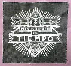 """EN PUNTO DE CRUZ:                                   """"Punto de Cruz Friki"""" (Handmade): El Ministerio del Tiempo"""