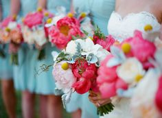PERFECT color Palate! Hot pink and light blue! Heart is melting! See more from this gorgeous Magnolia Plantation wedding on the blog! Photo by Alice Keeney Photography.