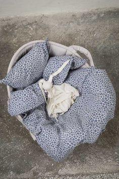 Byheritage- bedset for basket, indigo alloverprint
