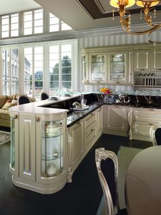 This pin of kitchen design & decor found on Hometalk and around the web. Brought to you by Kitchen Lovers! Kitchen Room Design, Luxury Kitchen Design, Home Room Design, Home Decor Kitchen, Kitchen Ideas, Elegant Kitchens, Luxury Kitchens, Beautiful Kitchens, Cool Kitchens
