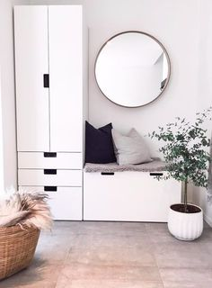 Flur einrichten - Ideen und Vorschläge - Kæthe K. - ideen flur 방탄소년단 on - Trend Pins Hallway Inspiration, Interior Inspiration, Hallway Ideas, Corridor Ideas, Entryway Ideas, Small Apartments, Small Spaces, Ikea Stuva, Ikea Pax