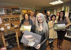 Dame Evelyn Glennie donating to Huntingdon Oxfam