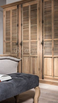 Master Bedroom Interior, Room Ideas Bedroom, Home Decor Bedroom, She Shed Decorating Ideas, Cordwood Homes, Santorini House, European Home Decor, Upcycled Home Decor, Closet Designs