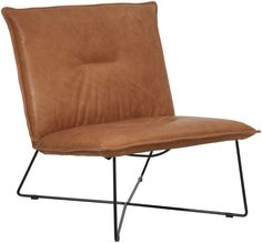 Hippe bijzetfauteuil om een leuke, trendy swing aan uw interieur te geven. Het warme cognac-kleurige leder, de unieke grove rolnaden, het ijzersterke frame, het in het oog springende zwartstalen onderstel en de hoogwaardige Luxafoam®vulling, maken deze fauteuil niet alleen tot een trendy, maar ook zeer duurzame fauteuil. Met deze smaakvolle Eagle fauteuil in uw zithoek zult u veel complimenten krijgen.