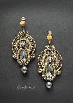 Handmade Clips By Boucheron Soutache Necklace, Beaded Earrings, Beaded Jewelry, Handmade Necklaces, Handmade Jewelry, Unique Jewelry, Ideas Joyería, Jewelry Accessories, Jewelry Design