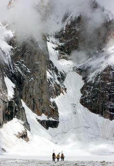 Snowboard the Himalaya
