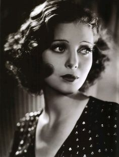 Loretta YOUNG (1913-2000) * AFI Top Actress nominee. Began in silents, ended with successful TV series The Loretta Young Show. Long career, won one Best Actress Oscar. Remembered as a great beauty and as the mother of Clark Gable's illegitimate daughter. Devout Catholic but 'fell from grace' a few times. After her short marriage ended, had affairs with Spencer Tracy and Clark Gable. Went 'on vacation' to Europe, where she had Gable's baby, saying she'd adopted her, to protect their…