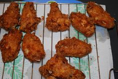 Lara's Buffalo Style Wings - Great to take on a summer picnic, party, or potluck. #recipe #wings
