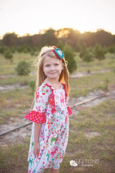 CHRISTMAS DRESS SESSION AT THE TREE FARM WITH LITTLE BOATS AND BIRDIE BABY BOUTIQUE, CHRISTMAS TREE FARM MINI SESSION BY TARA MERKLER PHOTOGRAPHY