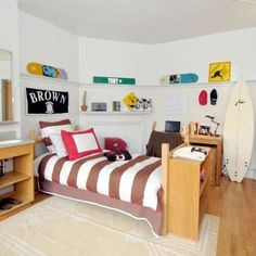 We Love This Dorm Room For A Guy! Get Preppy College Dorm Room Ideas Like