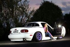 Taryn from Iheartstance and her old eunos on watanabes. RIP miatasaurus