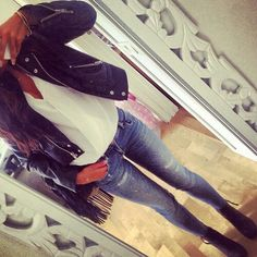 #nightout #outfit #jeans #leather #jacket
