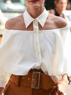 Shop Cold Shoulder Flounce Trim Blouse right now, get great deals at Chiquedoll Sewing Clothes Women, Clothes For Women, Bow Tie Blouse, Iranian Women Fashion, Diy Fashion, Womens Fashion, Diy Sweatshirt, Sexy Shirts, Blouse Online