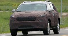 The Cherokee, one of Jeep's iconic vehicles, is expected to come out in all its grandeur as the 2018 Jeep Cherokee. Currently, in its fifth generation, the Cherokee started out as a full sized SUV and made its way through becoming a compact SUV to finally its current avatar – a crossover.