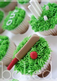 Cricket Cupcakes Cricket Birthday Cake, Cricket Theme Cake, 10 Birthday Cake, Birthday Favors, How To Make Cupcakes, Cute Cupcakes, Sport Cakes, Family Birthdays, Cakes For Men
