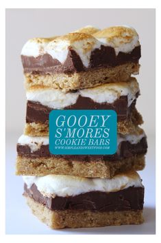Gooey S'mores Cookie Bars is part of Smores dessert For One - Is there anything better than an Gooey S'mores Bar during the summer time for dessert Just like the classic childhood treat but made in one big batch Mini Desserts, Keto Desserts, Quick Dessert Recipes, Easy Cake Recipes, Brownie Recipes, Easy Desserts, Gourmet Recipes, Sweet Recipes, Cookie Recipes