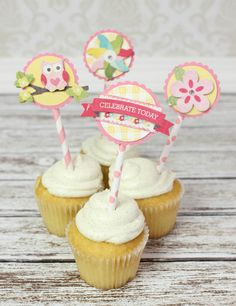 We're ending our baby shower projects this week on a sweet note with cupcake toppers.  All three projects in the series use the same or similar materials so that everything, from your homemade card to a baby advice book, is coordinated.  Get the Glue Dots, we're getting crafty!