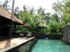 Das Luxury Boutique Hotel Kayumanis Private Villa & Spa Ubud Bali bieten Ihnen ein ausgesprochen exklusives Ambiente, ein gastronomisch ausgezeichnetes Angebot und ein Höchstmaß an Privatsphäre. Von hier aus erreichen Sie in rund ¼  Stunde mit dem Shuttle die Attraktionen von Ubud. #Kayumanis #KayumanisExperience #KayumanisNusaDua #KayumanisUbud  #Boutiquehotel #Boutiqueresort #Indonesien #Bali #NusaDua #Ubud #IndonesienTourismus #TourismusIndonesien #Tourismustv