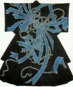 Огромная подборка от Галочки – 140 поражающих воображение КИМОНО! Раритетные и современные, вышивка и роспись, аппликация и прозрачные кимоно-пеньюары – это настоящие произведения искусства.