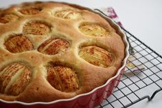 LUCHTIGE APPELCAKE – Kookhoekje van Xfaatje Yotam Ottolenghi, Nigella Lawson, Low Sugar, Apple Pie, Muffin, Food And Drink, Vegetarian, Vegan, Dishes