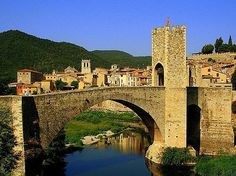 Besalu, Girona