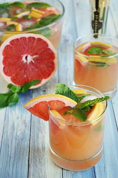 steve metteer saved to Non-Alcoholic this Sparkling Pineapple Strawberry Punch for your next party! Sweet pineapple juice is paired with bubbly ginger ale, fresh fruit and mint for a refreshing non alcoholic punch! Strawberry Basil Lemonade, Raspberry Margarita, Blood Orange Margarita, Watermelon Margarita, Blood Orange Soda, Margarita Punch, Vodka Lemonade, Strawberry Delight, Watermelon Mint
