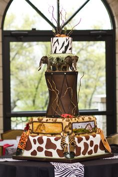 Jungle, Safari, and Zoo Cake Ideas & Inspirations African Wedding Cakes, African Wedding Theme, Zoo Cake, Jungle Cake, Safari Wedding, Safari Party, Safari Theme, Jungle Safari, Traditional Wedding Cakes