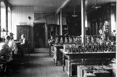 La manufacture Ernst Leitz à Wetzlar (80 km de Franckfort) en 1913.