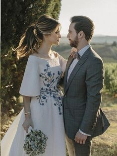 Buy Elegant Ivory Wedding Dresses Bateau Embroidery Romantic Half Sleeve Bridal Gown in uk.Rock one of the season's hottest looks in a burgundy homecoming dress or choose a timeless classic little black dress. Rustic Wedding Dresses, Ivory Wedding, Cheap Wedding Dress, Boho Wedding Dress, Half Sleeve Dresses, Half Sleeves, Engagement Dresses, Glamour, Bridal Gowns
