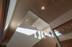 @drafabGREEN  - Plafond Poolse den - Metalen trap met thermowood essen bekleed