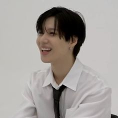 """luzy on Twitter: """"taemin has no right looking this cute either being serious or smiling… """" Taemin, Shinee, Insight, Shit Happens, Twitter, Cute, Kawaii"""