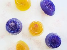 Washing with DIY Shower Jellies