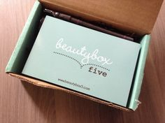 Sample Society Box Review - March 2013 - Monthly Makeup Sample ...
