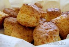 Cheddar, Baked Potato, Chili, French Toast, Muffin, Bread, Baking, Breakfast, Ethnic Recipes
